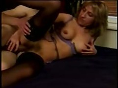 He goes down on a milf to fuck her tubes