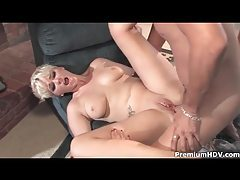 Short hair blonde girl fucked in the ass tubes