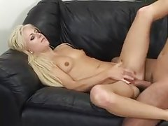 Skinny girl boned by a long fat cock tubes