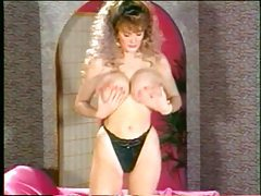 Retro porn with a big tits oiled up babe tubes