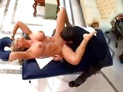Skilled massage therapist turns her on tubes