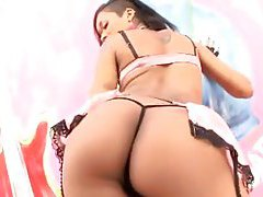 Latin girl in lingerie does an ass tease video outdoors tubes