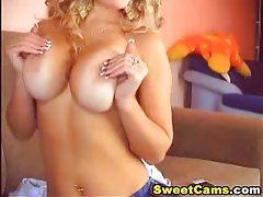 Huge Natural Blond Titties HD tubes