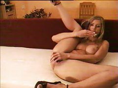 Sexy blonde double dildo sex on webcam tubes