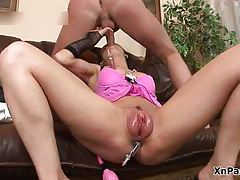 Skanky brunette loves sucking big dick and anal adventures tubes