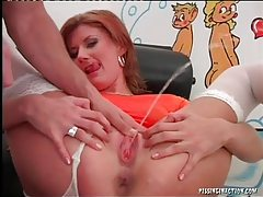 She pisses as she sucks a dick tubes