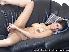 Young naked babe sexy masturbation instruction tubes