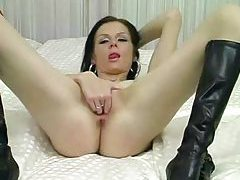 Slutty makeup on this hot brunette in bed tubes