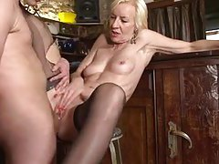 Sexy mature blonde in stockings has anal sex tubes
