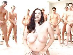 Gianna Michaels gorgeous bukkake video tubes
