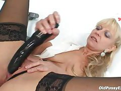 Boots and stockings mature masturbating tubes