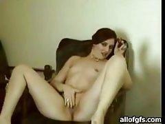 Curvaceous Latina flaunts her hot body tubes