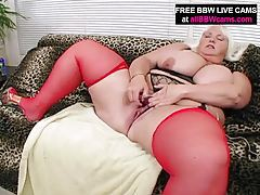 BBW princes chubby ass does what she loves tubes
