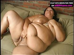 Dessert eating BBW from her pussy pt 1 tubes