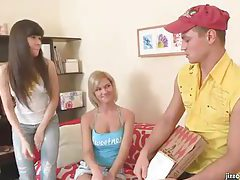 Pizza guy blown by two sexy teens tubes