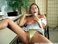 Short skirt hottie dildo fucks her pussy tubes