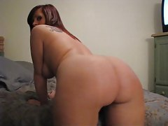Voluptuous hottie with thick round ass booty shakes tubes