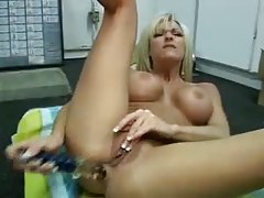 Hot tits on milf toy fucking her ass tubes