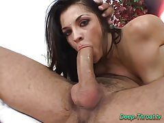 Deepthroat sex babe does oral tubes
