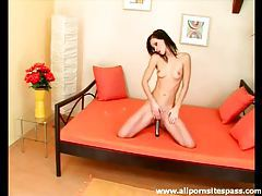Shiny dildo fucks deep into Susana Spears tubes