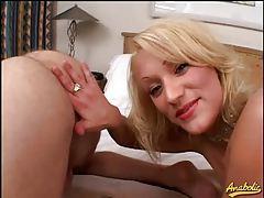Sexy amateur blonde licks that dirty ass tubes