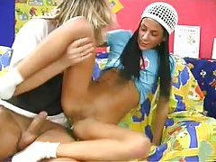 Teen sluts laid in the lusty group video tubes