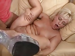 Load dumped on the face of blonde milf tubes