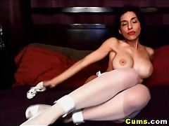 Hot Babe with Big Tits playing Pussy HD tubes