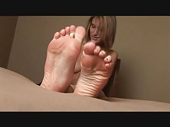 Foot rub with a cute teenage girl tubes