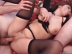 Curvy girl takes a creampie and loves it tubes