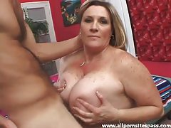 Fat chick with freckles sucks dick tubes