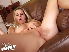 Plump and pretty pussy lips on masturbating girl tubes