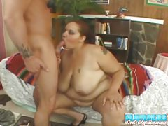 BBW bangs with toy and sucks his rod tubes