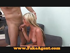 FakeAgent Beautiful blonde babe gets exploited tubes