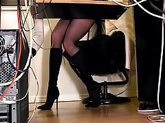 Secretaries under desk hidden cam masturbation tubes