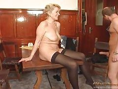 Cocksucker in stockings laid in the mature pussy tubes