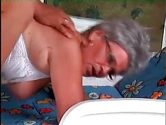 Granny hardcore sex in her hairy wet pussy tubes