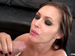 LiveGonzo Jenna Presley Horny MILF Gets Fucked tubes