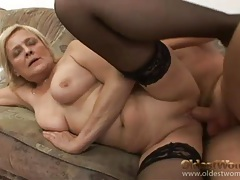 Foreplay with flabby mature slut he fucks tubes