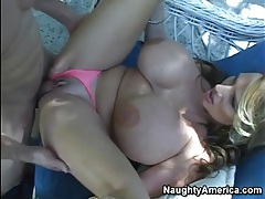 Giant tits model Lisa Lipps eaten out tubes