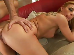 Tattooed Darryl Hannah fucked in the ass tubes