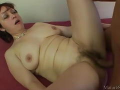 He gets to fuck a hairy mature pussy hard tubes