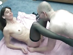 He goes down on brunette milf in stockings tubes