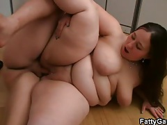 Fat body looks hot in hardcore fuck video tubes