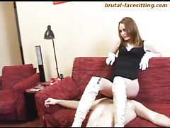 Supremely sexy mistress sits on his face tubes