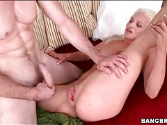 Slender blonde cocksucker nailed in wet pussy tubes