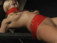 Blowjob Foreplay with a Blonde Slavegirl tubes