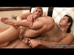Hairy dude boned by curvy shemale with hard dick tubes