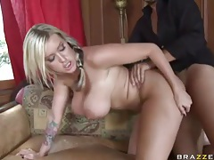 Memphis Monroe dusts the house and takes dick tubes