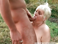 Granny with a fat ass fucked doggystyle outdoors tubes